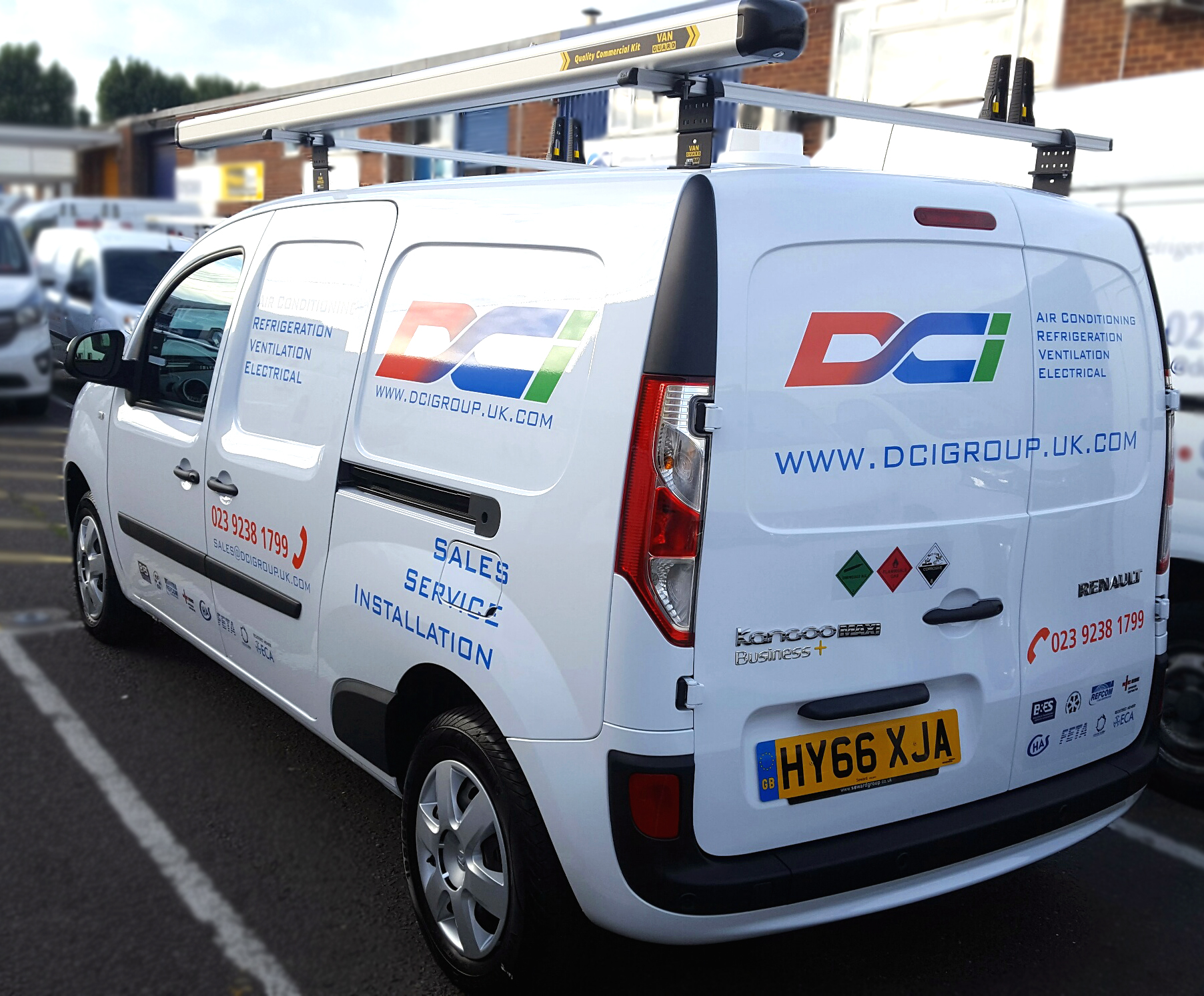 DCI's air conditioning & refrigeration service Renault Kangoo vans